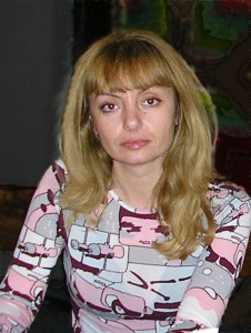 Дора Младенова